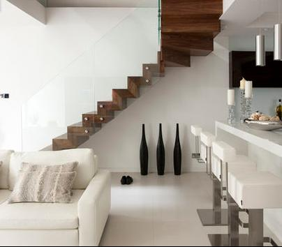 Fotos de escaleras como se fabrica una escalera de madera for Como trazar una escalera de madera