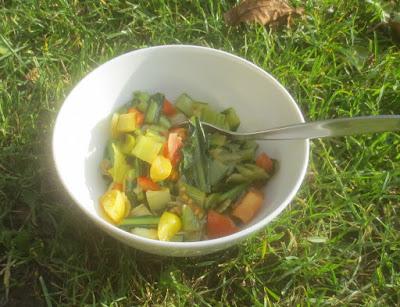 Lauwarmer Salat mit Cima di Rapa und Tomaten