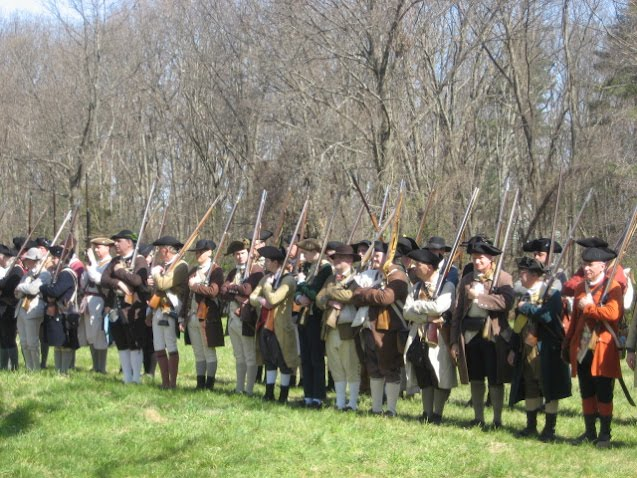 who fired first at lexington and concord Who fired the first shots at lexington  at the battle of lexington and concord who shot first it is unclear who shot the first shot of the battle.