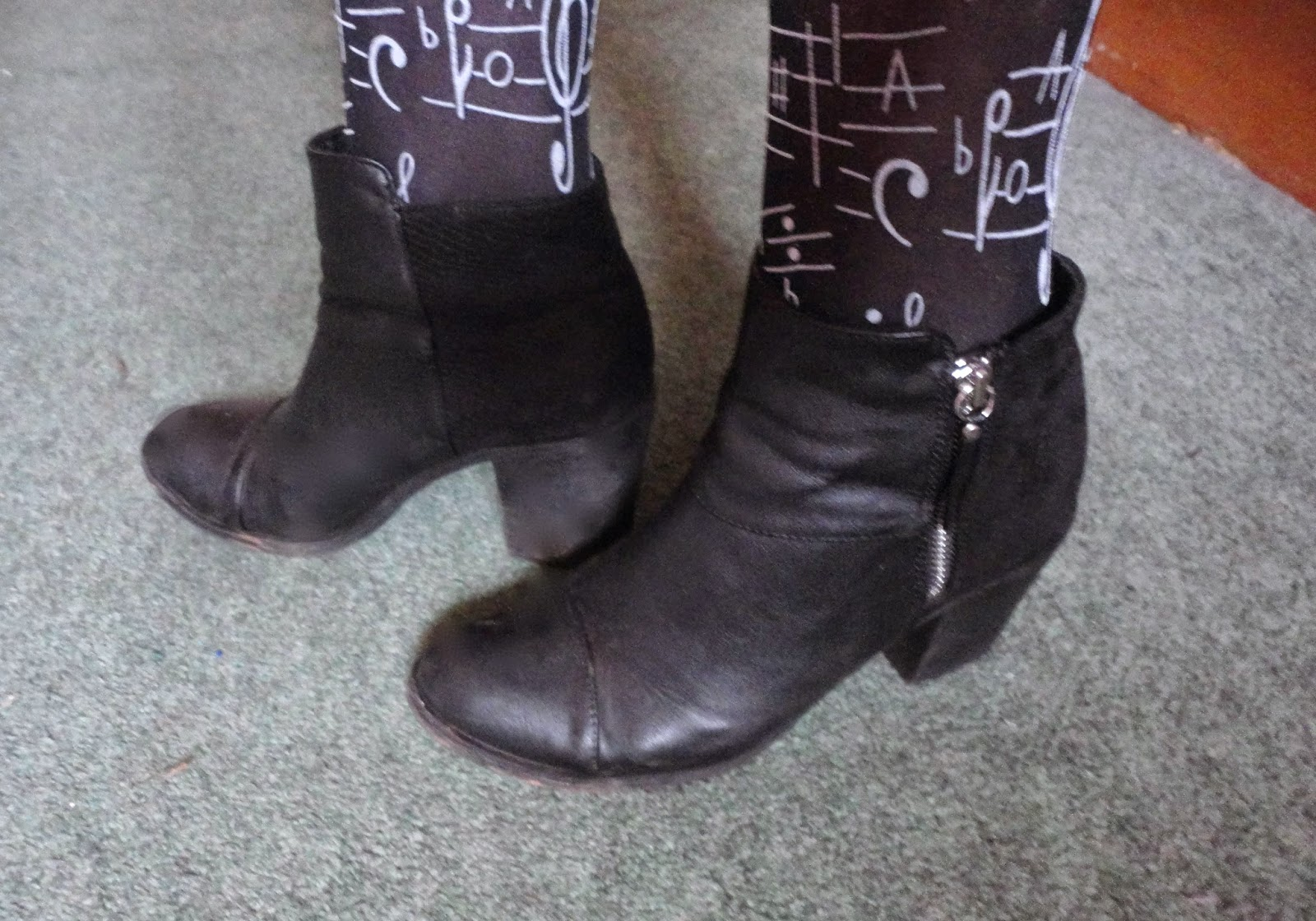 musical note tights with black heeled ankle boots