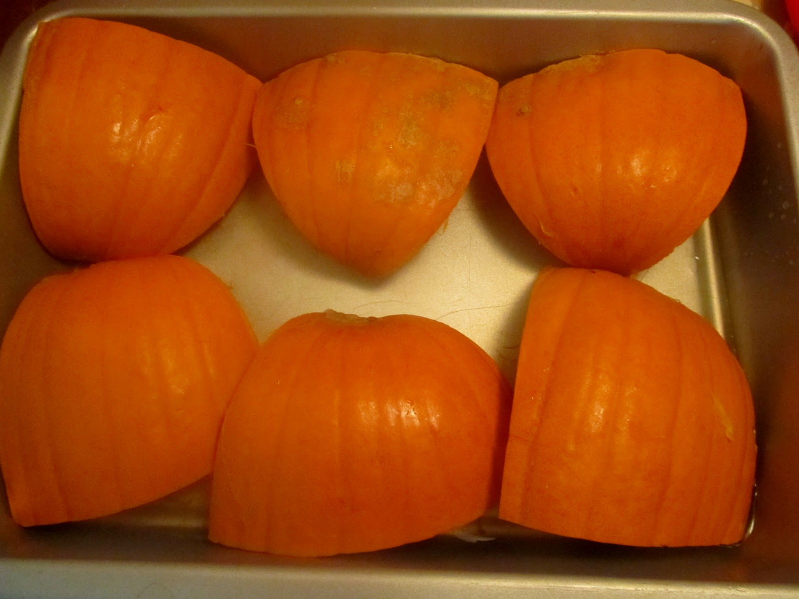 Simple Wife With A Simple Life: Tasty Thursday - Pumpkin Puree