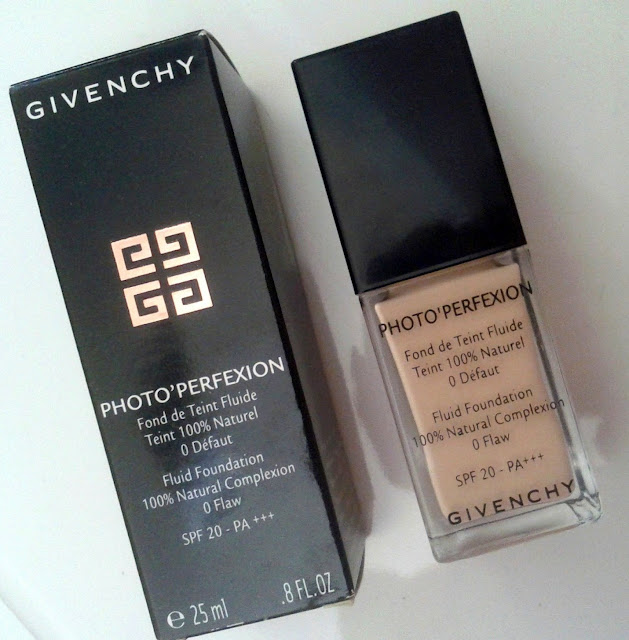 Givenchy Photo'Perfexion Fluid Foundation SPF 20 PA+++ in Perfect Vanilla 