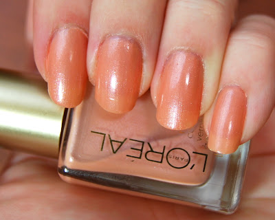 L'Oreal Color Riche Nail Color in Versailles Romance