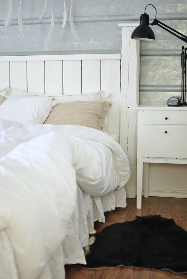 hannashantverk.blogspot.se sovrum pannplåt på väggen sänggavel