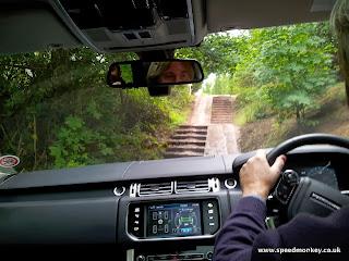 Range Rover Sport off road