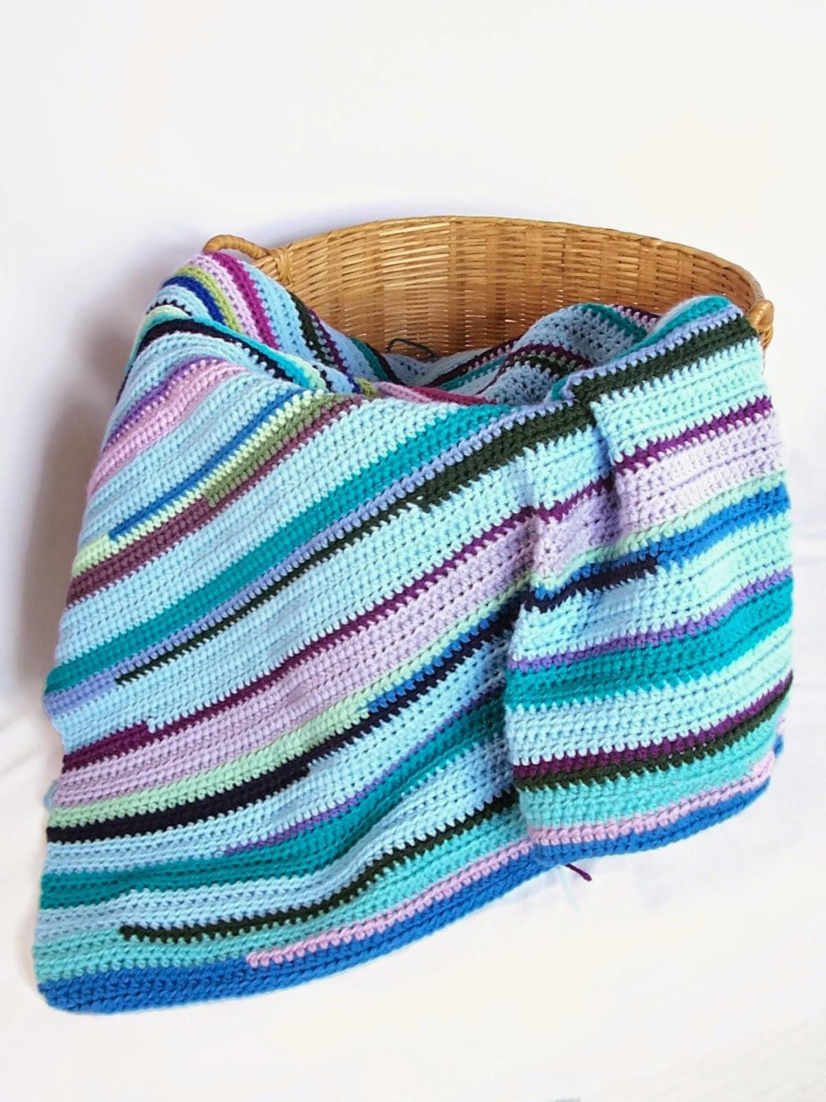 Scrap yarn ideas - Red Berry Crochet's Scrap Blanket