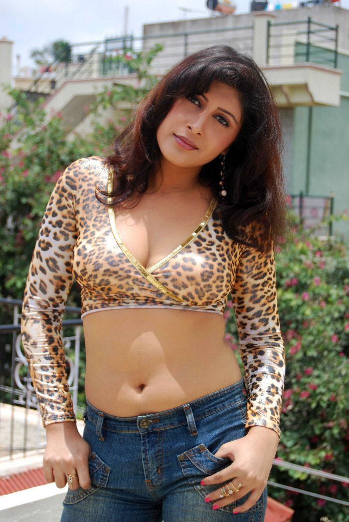 New Actress Ranjitha Hot Stills