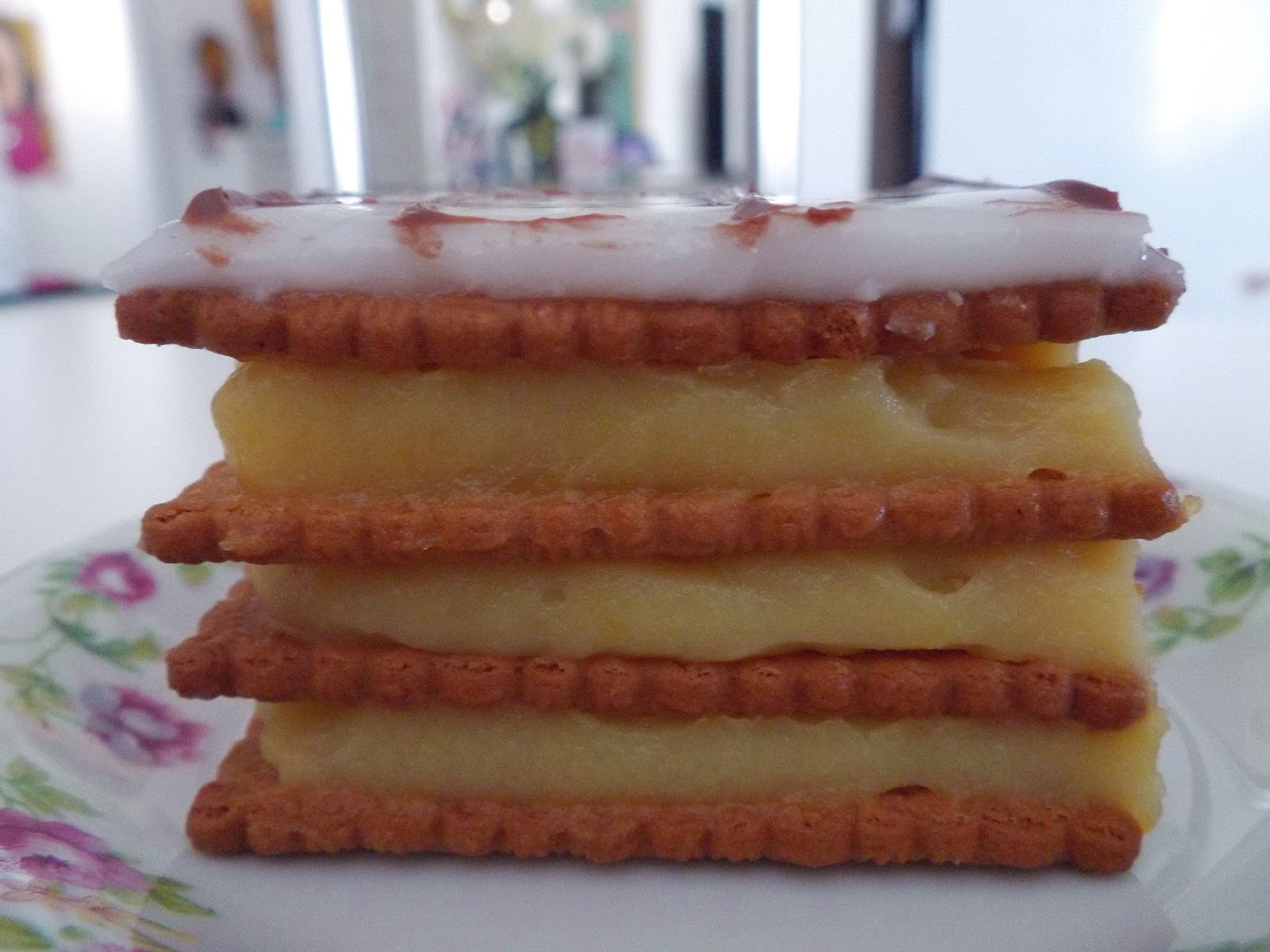 Mini gateau a la creme au beurre