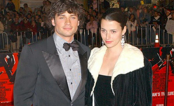 tom-welling-naked-wife-beater