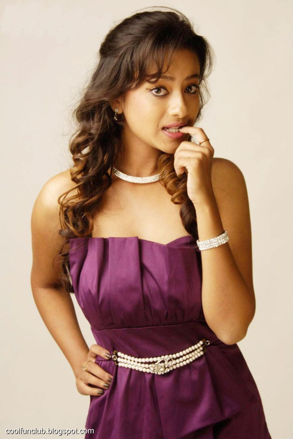 Indian Sexy Actress - Madalasa Sharma Pictures
