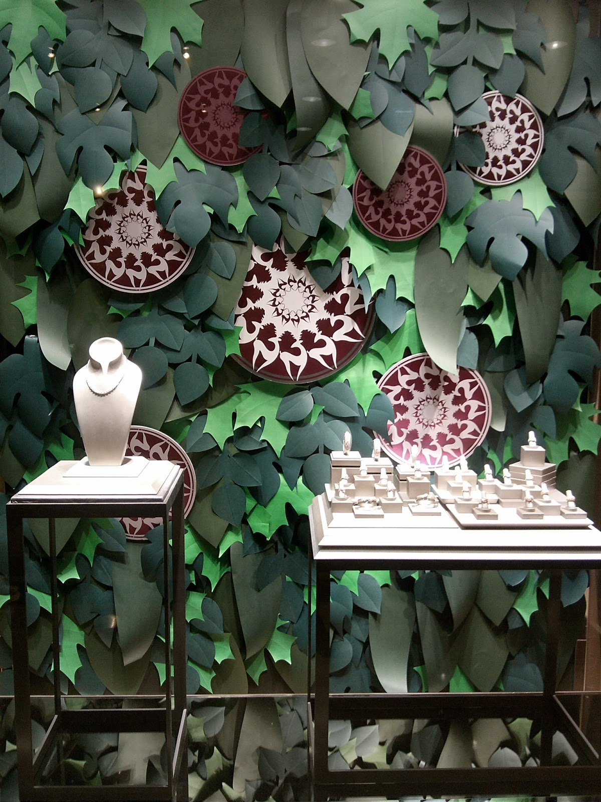 Spring Window Display Themes - Franck co tropical garden garden is the big theme this for window display this spring summer