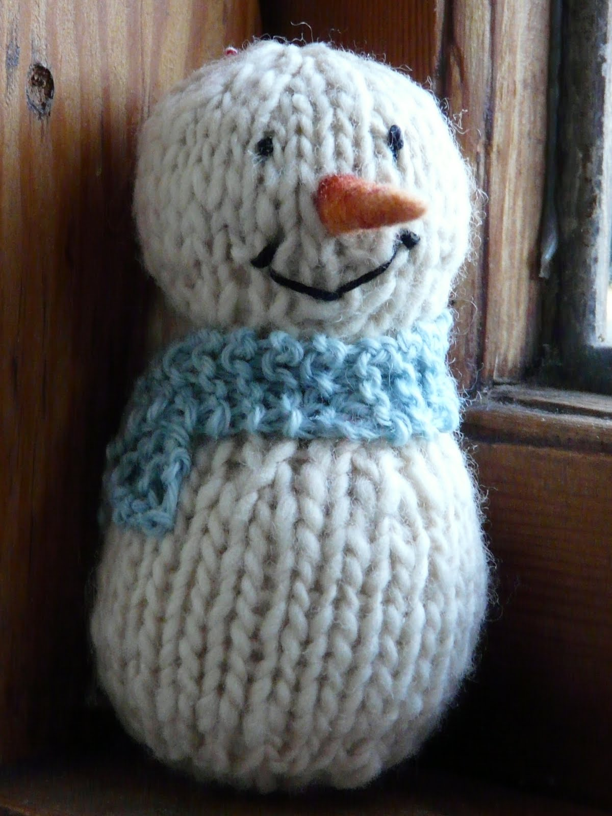 down in the meadow: Shabby chic Snowman pattern