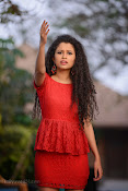 Soumya Sukumar in Pora pove-thumbnail-6