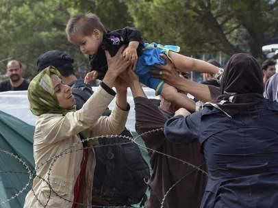 El Egeo, Hungría, Macedonia, el puerto de Calais: nuevos focos de la crisis migratoria en la UE