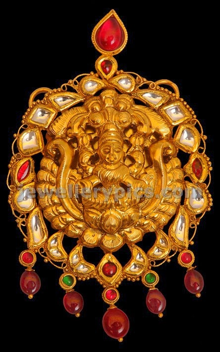 vummidi jewellers flat diamond nagas pendent