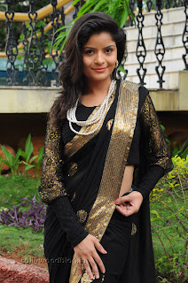 Gehana Vasista in black saree Pictures 009.jpg