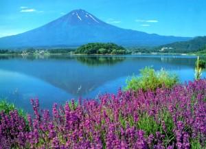 Gunung+Fuji,+Jepang 5 Gunung Api Spektakuler yang Wajib Dikunjungi