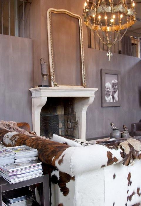BOISERIE & C.: GRIGIO: Elegante per pareti e pavimenti
