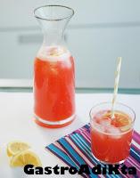 Limonada casera con fresa