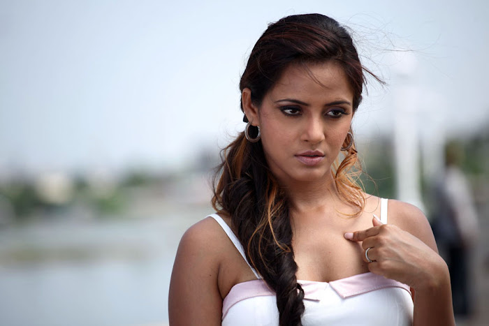 neetu chandra cute stills