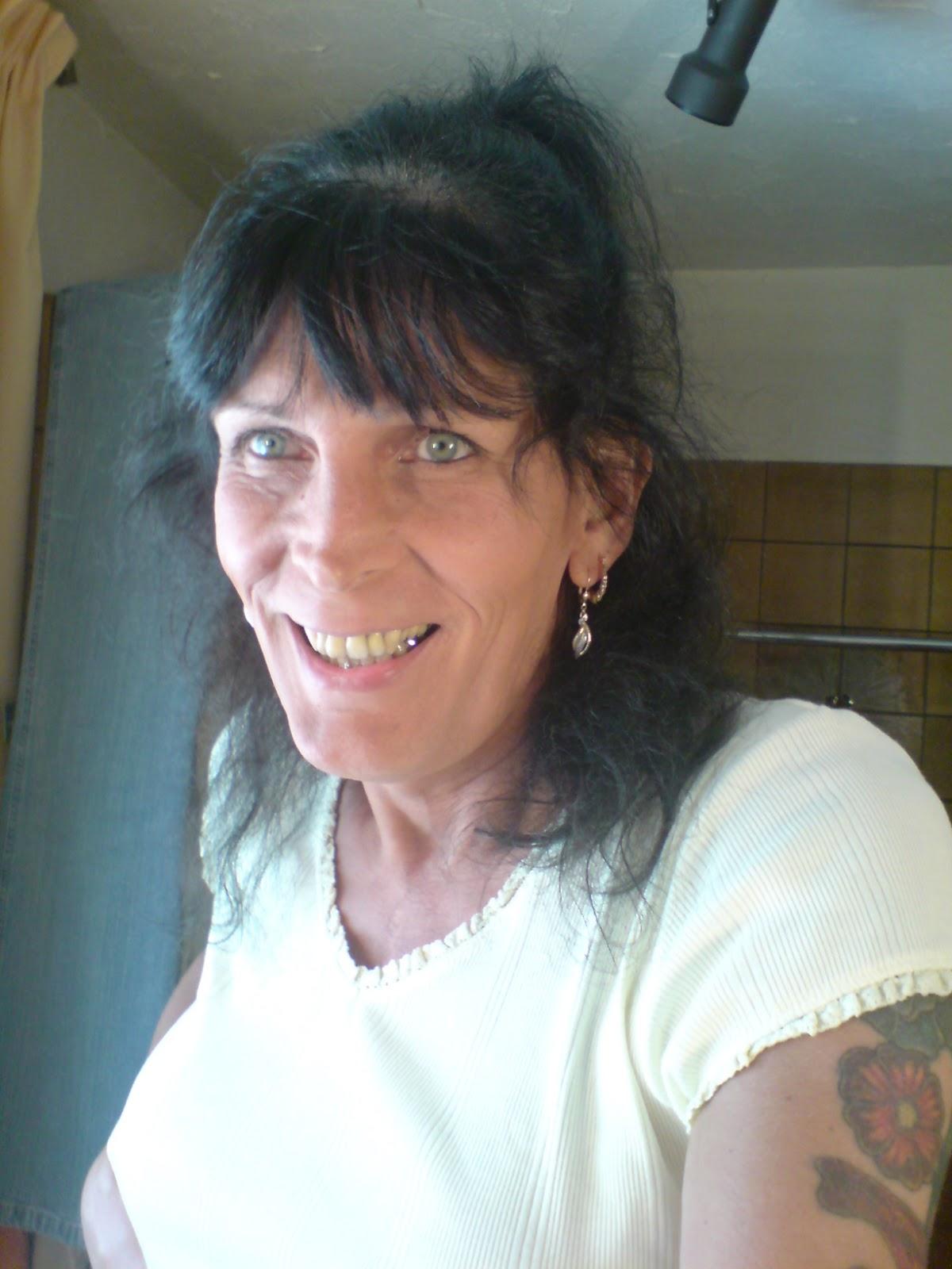 trans weib was ist trans mein mann sagte mir dass er frauenkleider tr gt. Black Bedroom Furniture Sets. Home Design Ideas