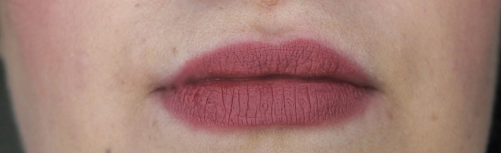Rimmel Exaggerate Lip Liner in Eastend Snob