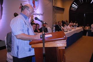 Hipólito Mejía  acusa al Presidente Fernández  y al  PLD de intentar  liquidar  el sistema democrático del país destruyendo al PRD.