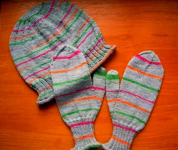 Knitting Unlimited Minneapolis : From the back yard what to do with too much sock yarn
