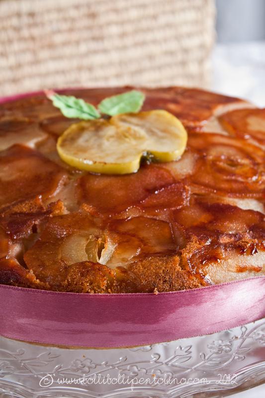 torta di mele all'olio di oliva con noci e mandorle