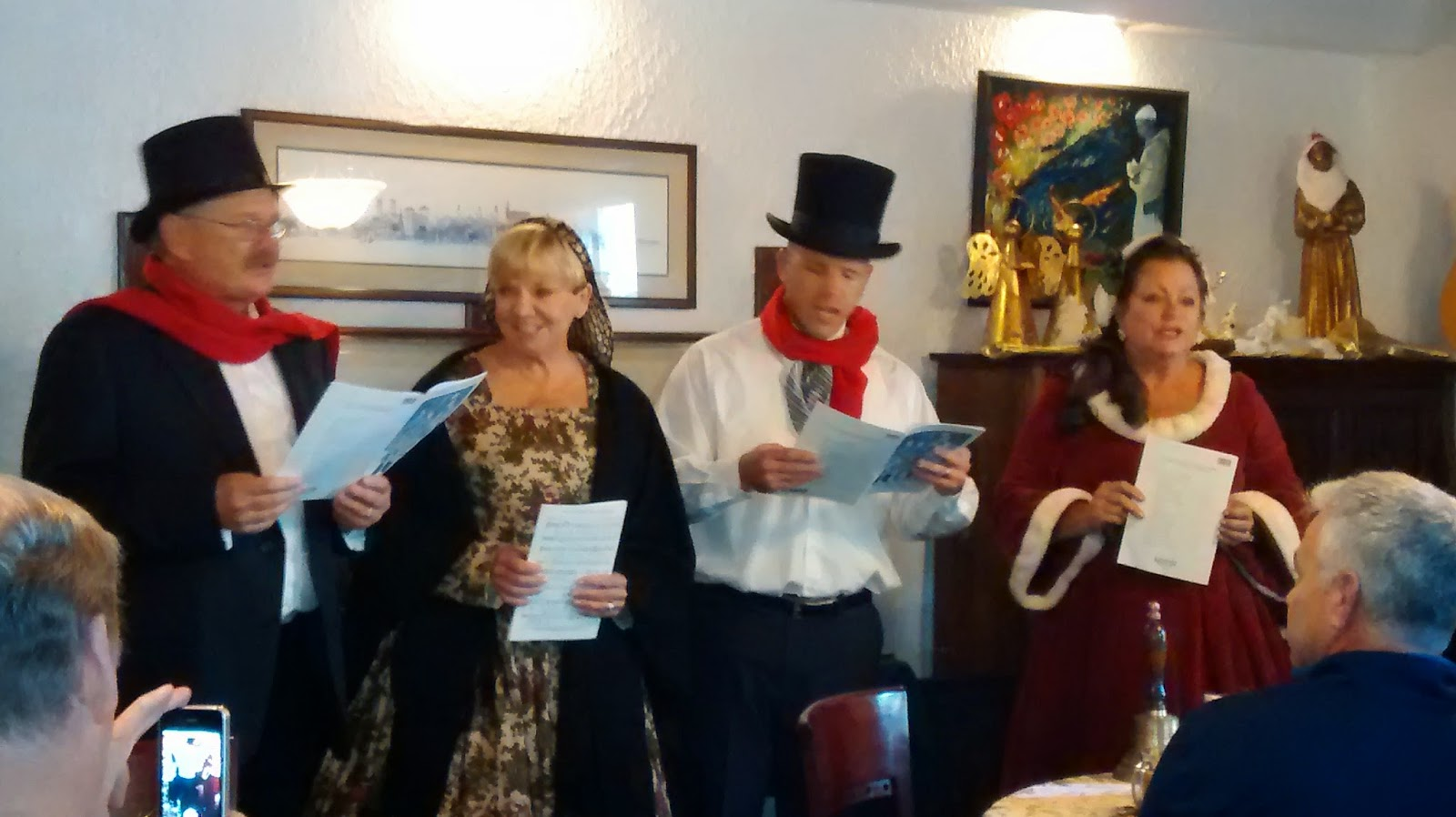 Holiday Singers ... Thanks to the Old Town Trolley (the GREEN AND ORANGE trolley) 21  Ott%2BHoliday%2BSingers%2Bcloseup St. Francis Inn St. Augustine Bed and Breakfast