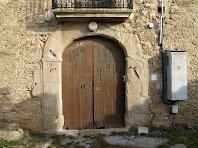 Detall del portal adovellat del Vilar