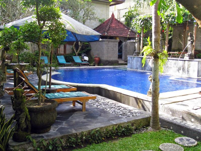 Happy Us Book - Bali hôtel piscine