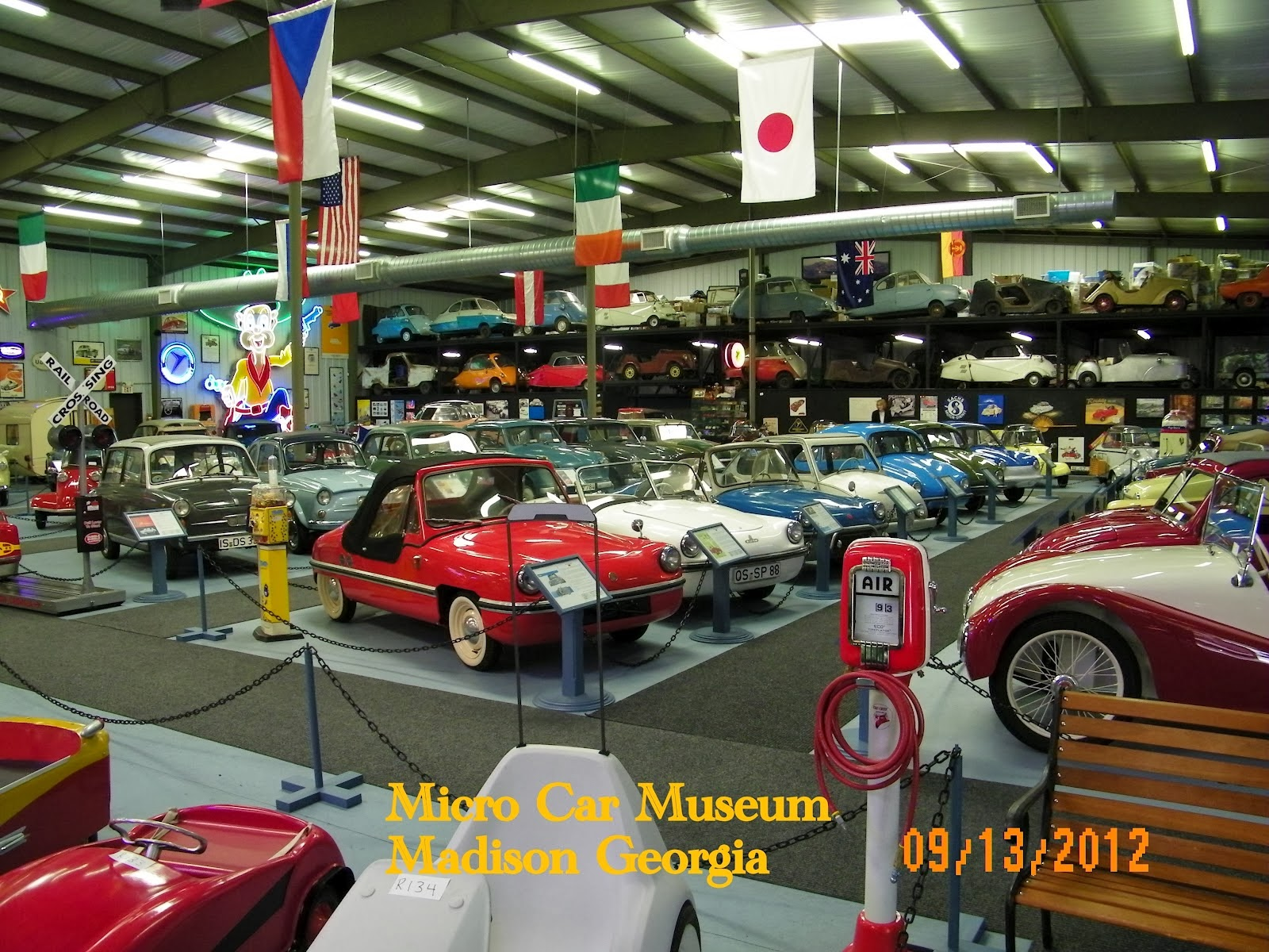 CARHUNTER : LETS VISIT THE CAR MUSEUM - IT\'S GONE,THEY ARE GONE!
