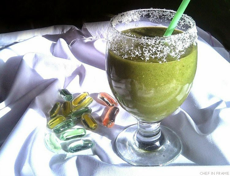 Fruit and Spinach Green Smoothie