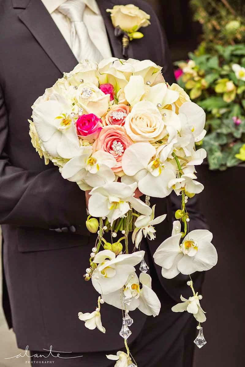 Four Seasons Hotel Seattle wedding, trailing luxury bouquet