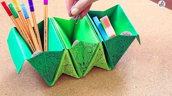 C mo hacer unos recipientes tipo acorde n con papel en - Como hacer cosas de papel paso a paso faciles ...
