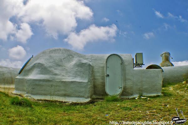 Caussols - Observatoire de la Côte d'Azur - Plateau de Calern  Architecte: Antti Lovag  Projet / Construction: 1974 - 1979