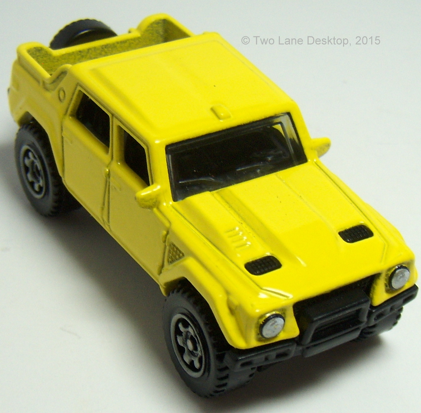 Two Lane Desktop Matchbox Lamborghini Lm002 And Hot