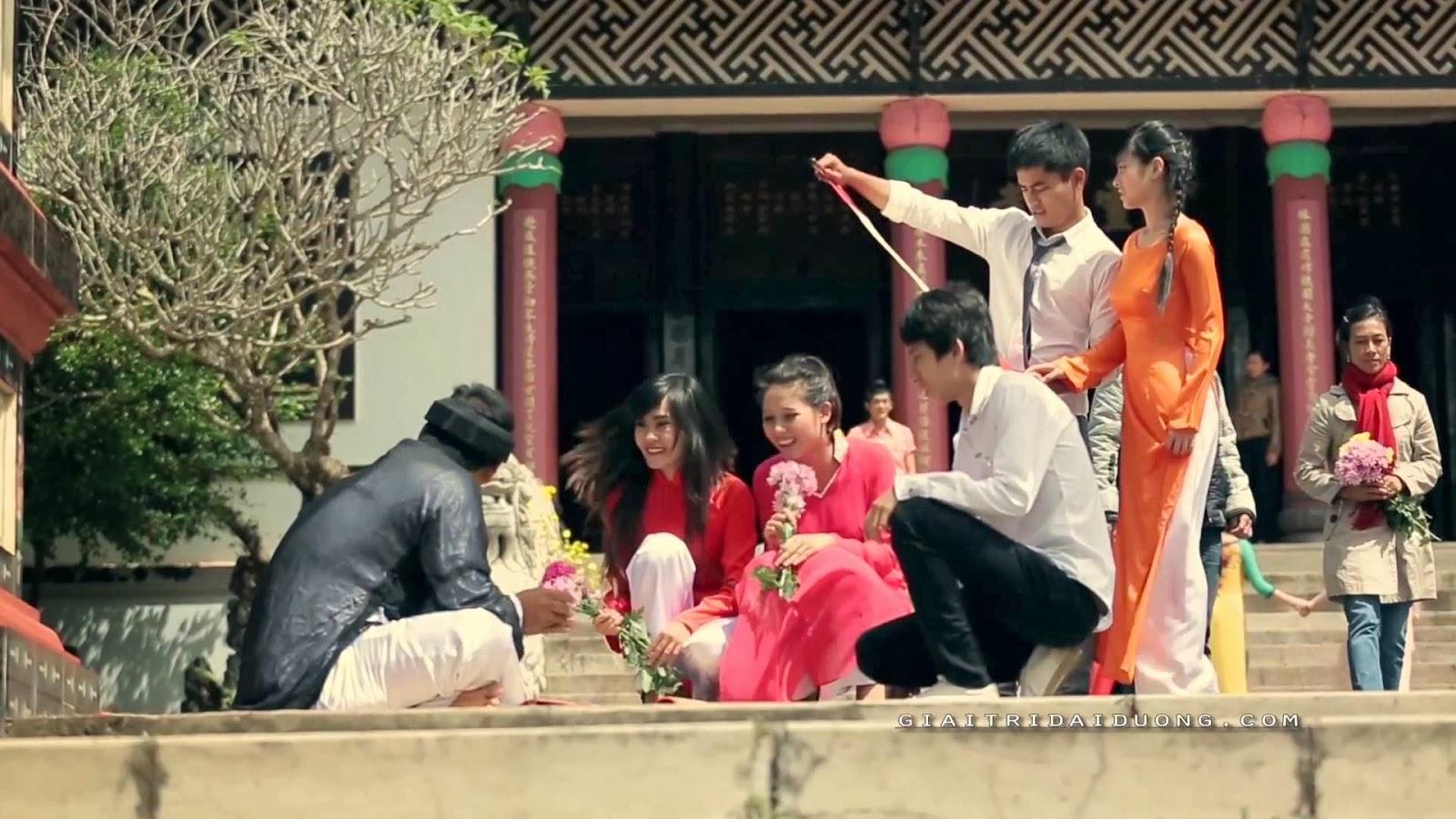 lunar new year in viet nam essay