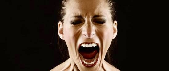 Gritar desconsoladamente