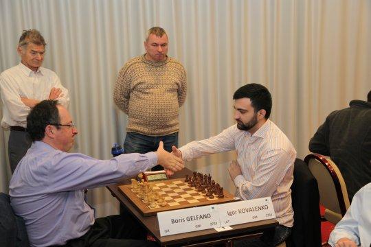 Après un superbe finish Igor Kovalenko s'adjuge en solo un fort tournoi d'échecs rapide, le Mémorial Kéres - Open ACP à Tallinn en Estonie