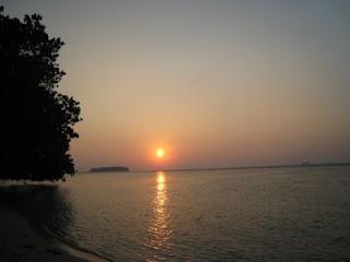 Sunset di Pulau Putri Island Resort Seribu Jakarta