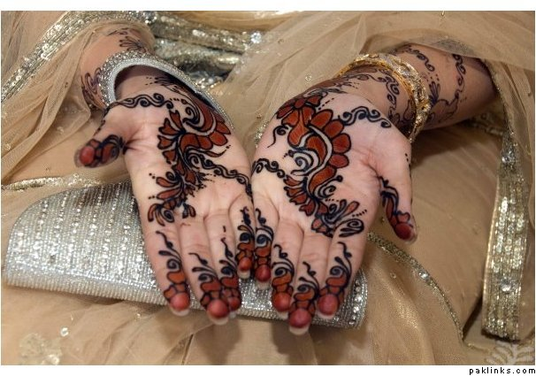 Mehndi Henna Black : Latest fashion new black mehndi designs