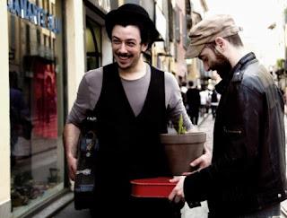 Tournee teatrale da Bar Milano maggio 2013 Il mercatino di San Lorenzo