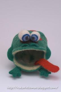 игрушки из шерсти, Лягушка
