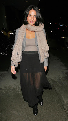 Olivia Munn Leggy Candids