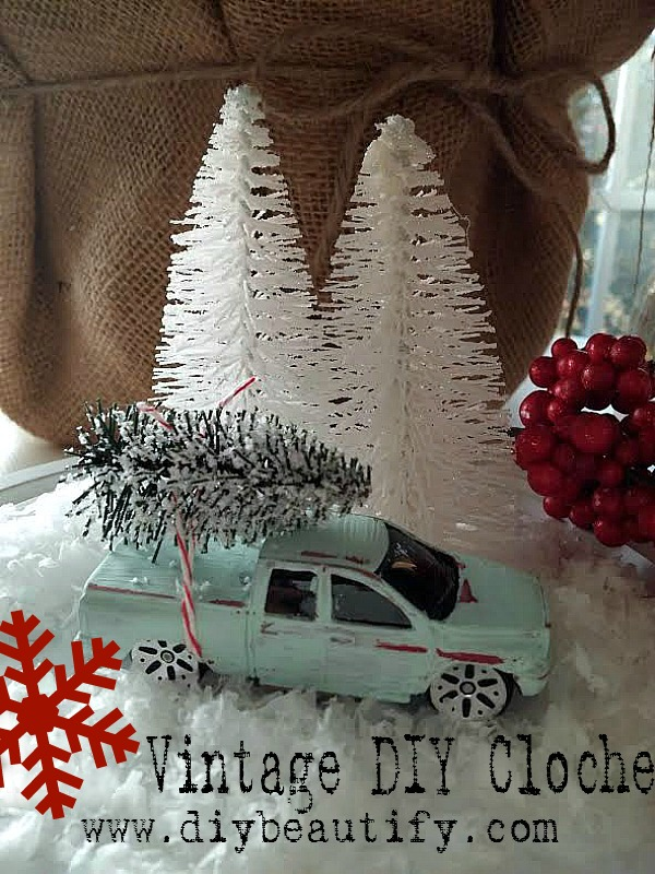 DIY tree on truck at www.diybeautify.com