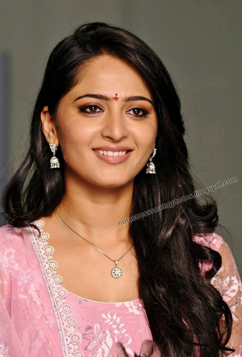 Hot Indian Actress Rare HQ Photos: Telugu Actress Anushka Shetty ...