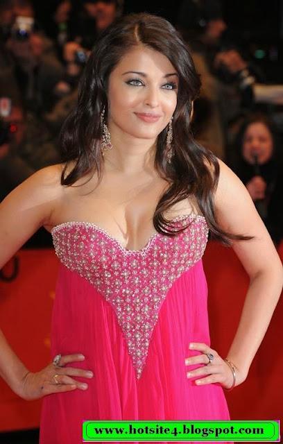Aishwarya Rai Hot In Black Bikini 2014