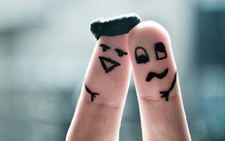 tips cantik bibir alami dengan jari